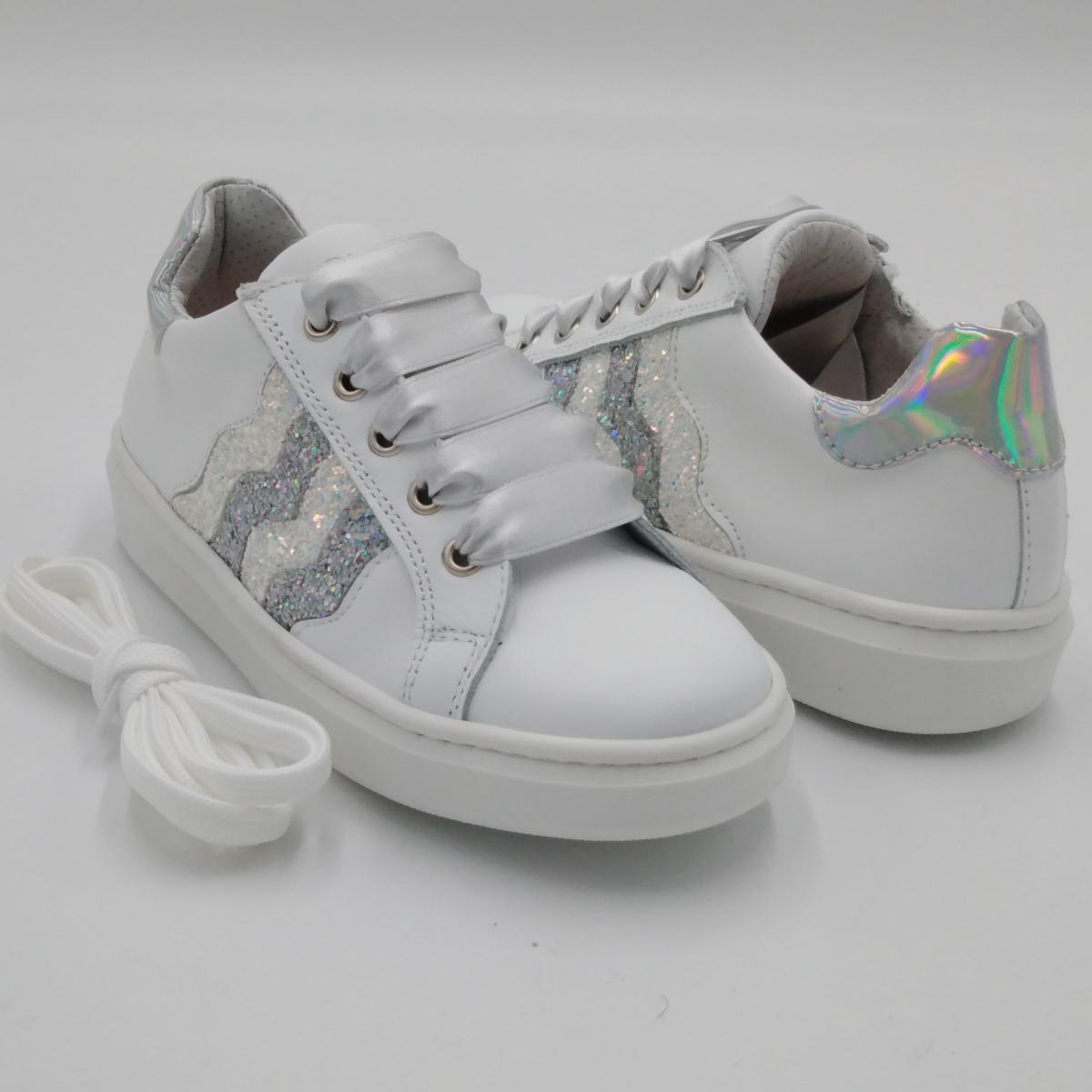 Sneaker pelle bianca e...
