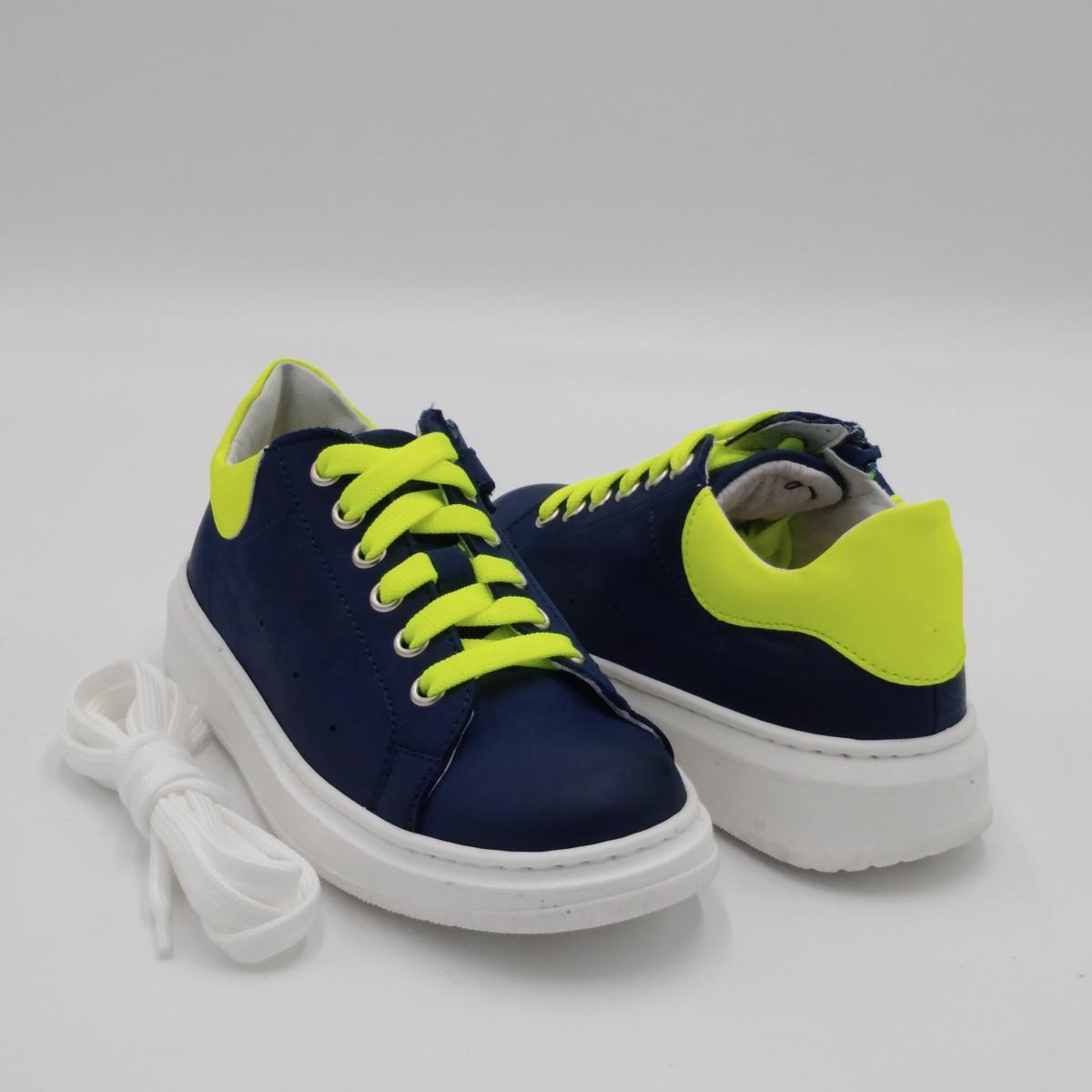 Sneaker pelle blu lacci...