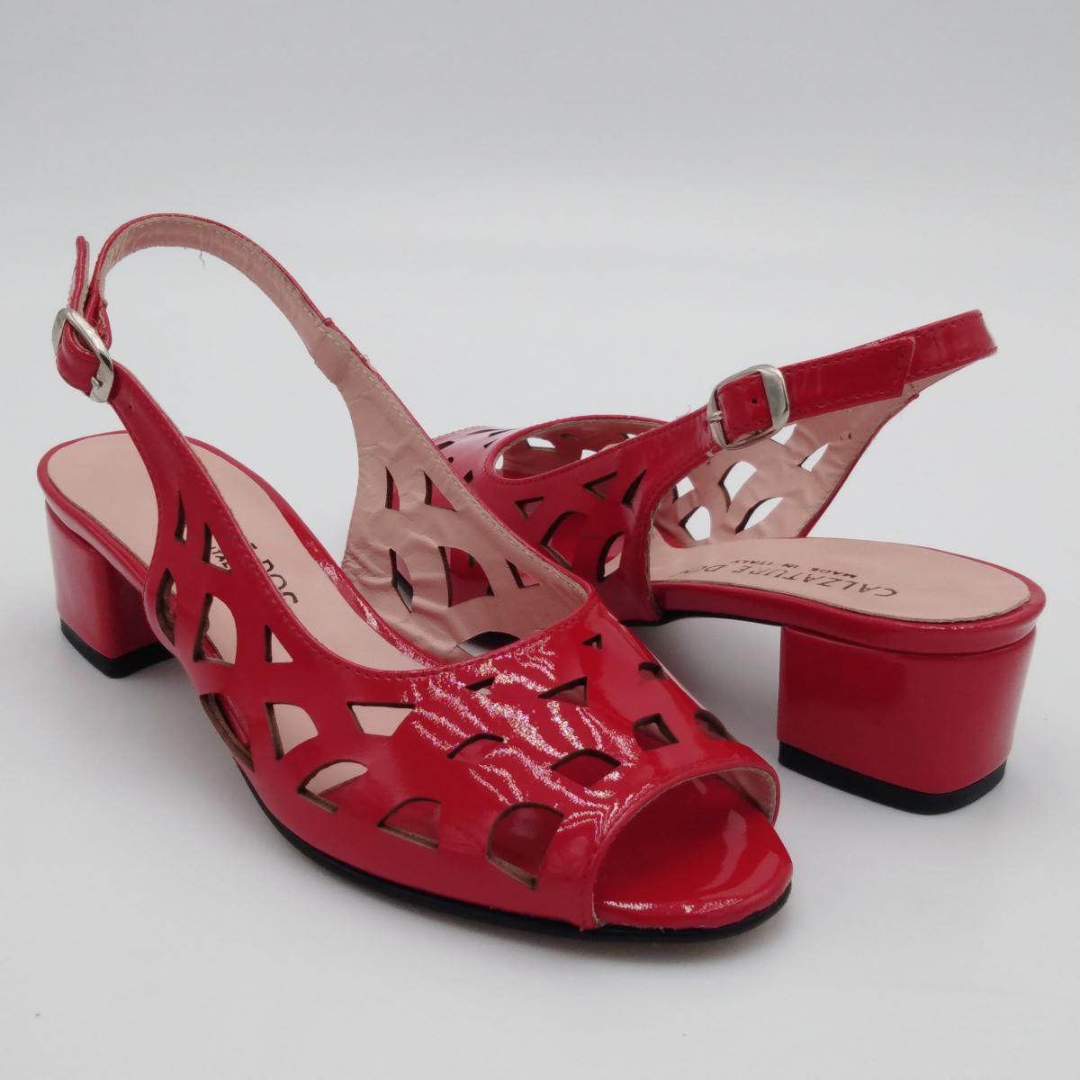 Sandalo vernice rossa...
