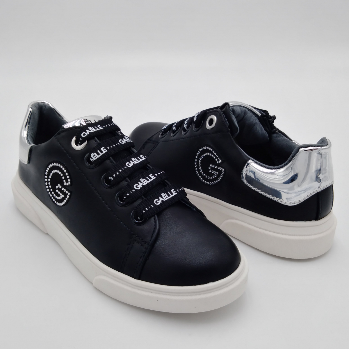 Gaelle Paris -Sneaker lacci...