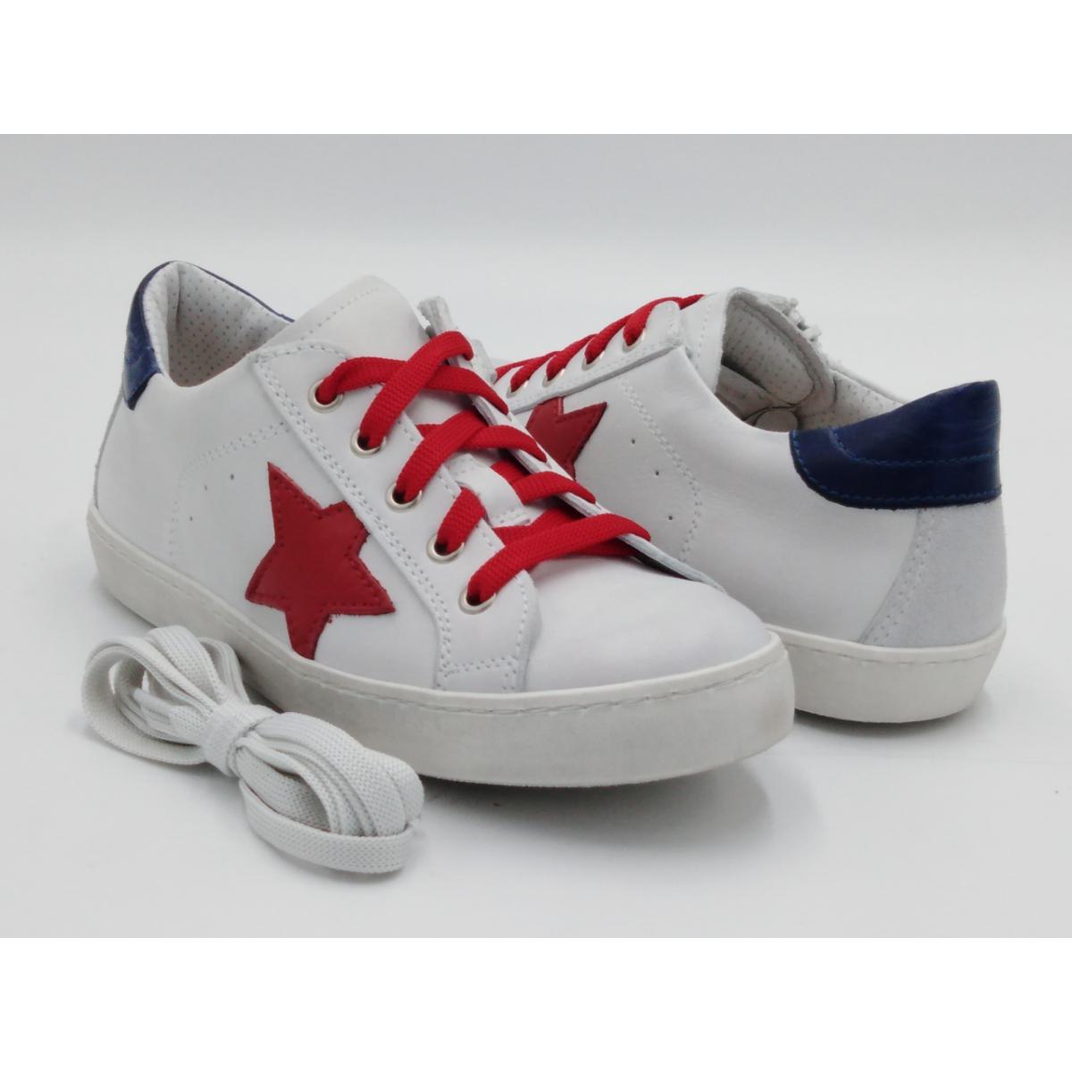 Sneaker Bianca Lacci Star...
