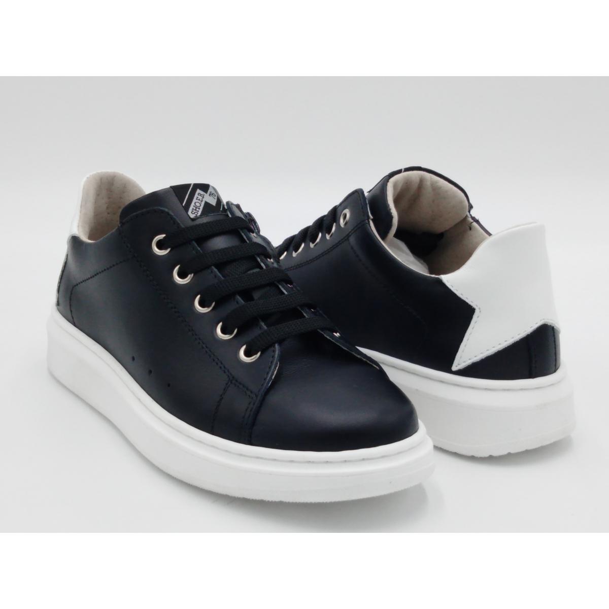 SHOEB 76 -Sneaker nera lacci