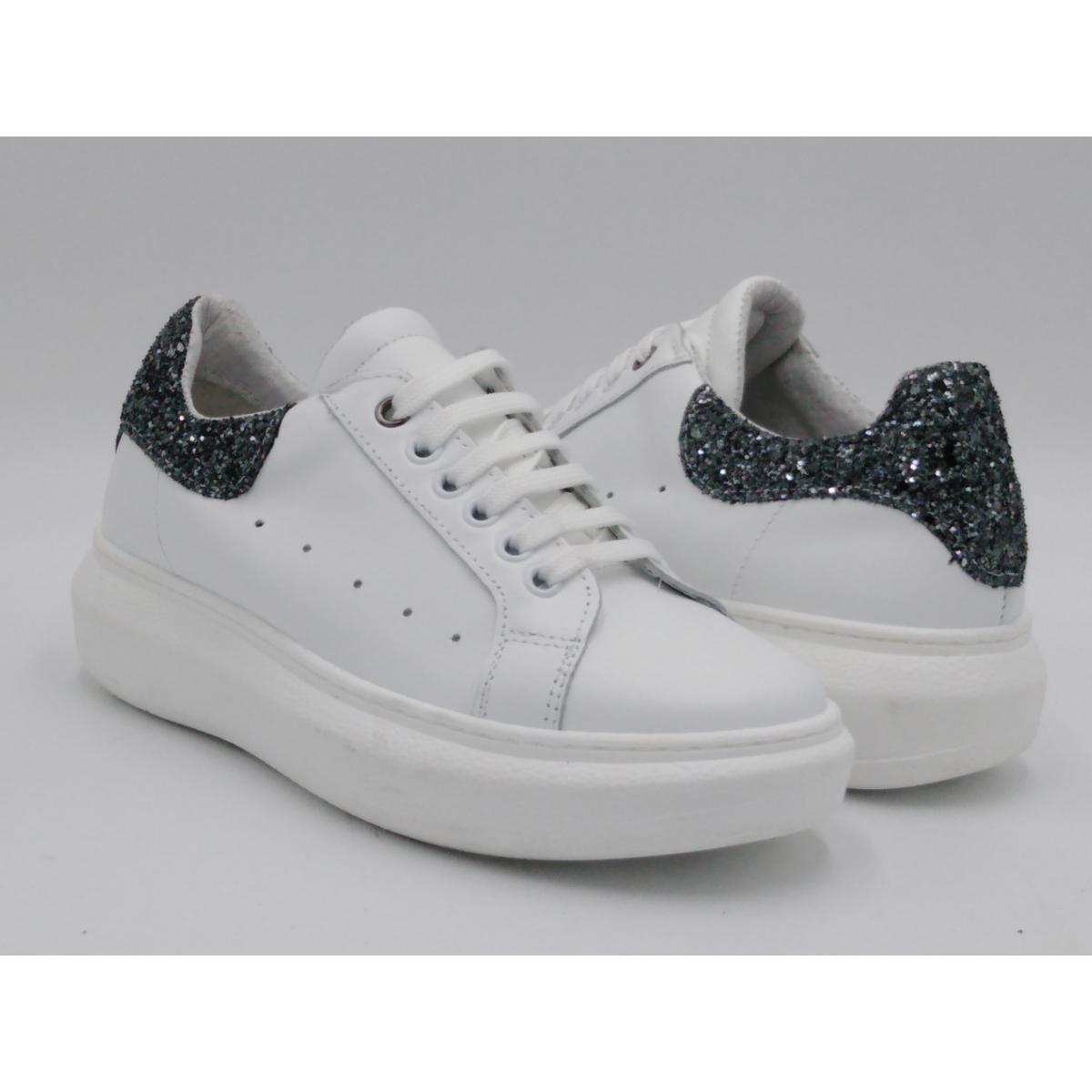 Sneaker bianca glitter...